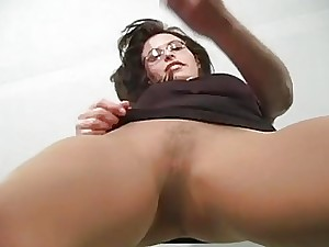 Sexy teaser penetrates her cunt