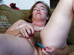 USAwives Hairy Granny Pusssy Plumbed With Sex Toy