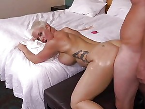 Sexy Short Hair Mature