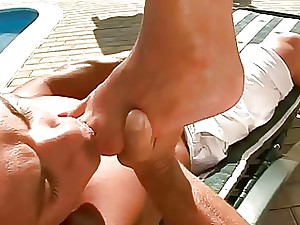 Sexy Gams and Pretty Soles Compilation