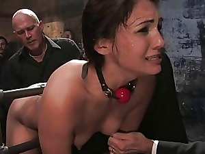Girls give way not far from sex servant