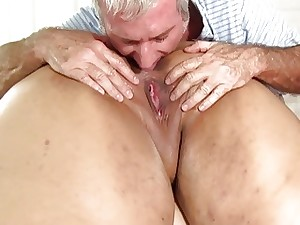 Chubby pain in the neck Mia Riley dildo fuck-a-thon rub-down