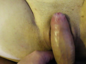 Cutely fucked the maid in her hotel room