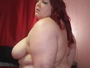 Striptease, booty jiggling and slapping - VivianDimondBBW