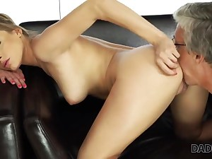 Blonde doll gets her pussy licked by a mature dude